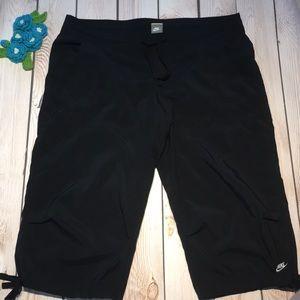 Nike women's capri pants